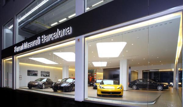 Ferrari estrena concesionario en Barcelona