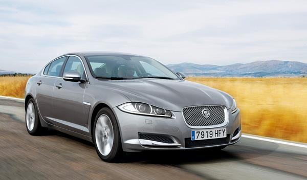 Jaguar-XF-Diesel-delantera