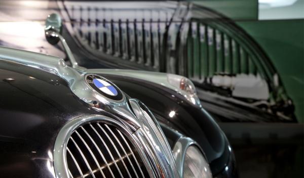 BMW, denunciada por una constructora espacial de China