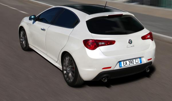 Alfa Romeo Giulietta TCT trasera
