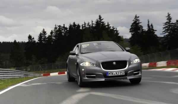 Jaguar 'Nürburgring taxi' frontal carrera