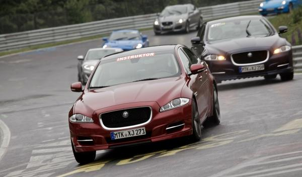 Conduciendo con Jaguar en Nurburgring