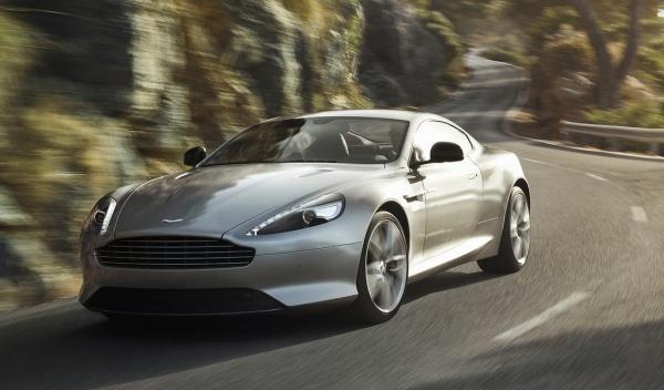 Delantera del Aston Martin DB9 2013
