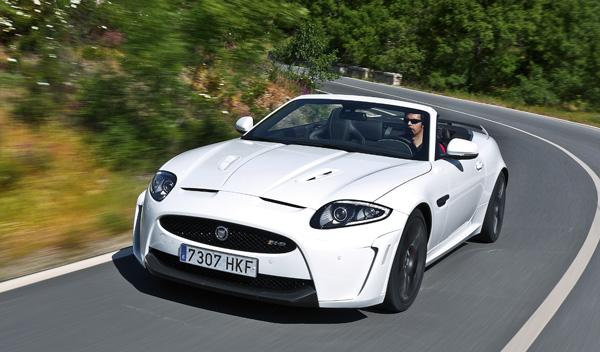 Jaguar-XKR-S-convertible-delantera