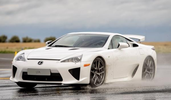 Lexus-LFA-delantera
