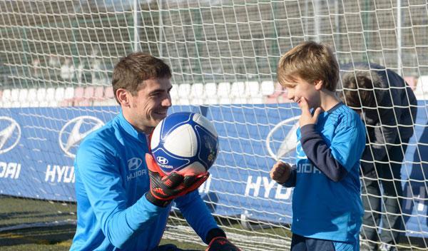 Hyundai organiza una 'masterclass' con Iker Casillas