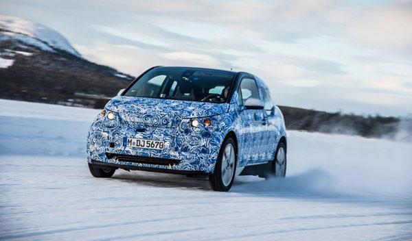 BMW i3 dinámica delantera cruzada