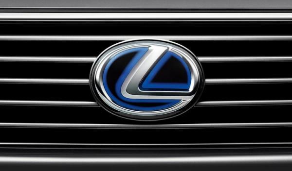 Lexus prepara un SUV compacto para 2014