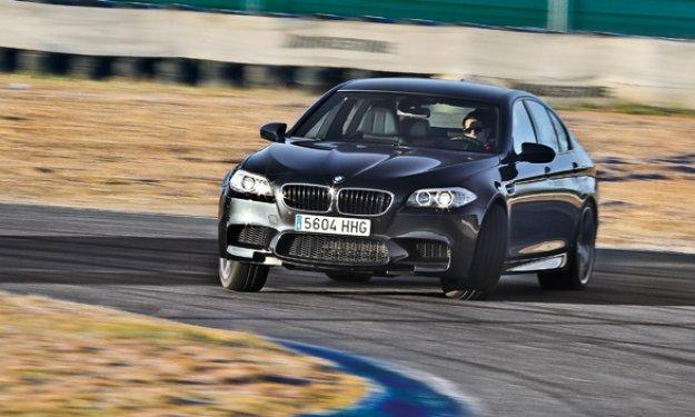 El BMW M5 2014, de pruebas por Nürburgring