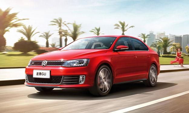 Volkswagen Sagitar GLI Shanghai 2013