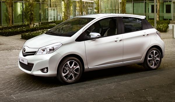 Toyota Yaris Soho Frontal