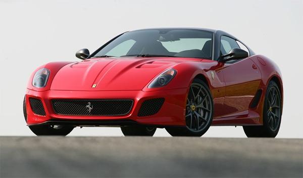 Callum, el niño de 12 años que tiene tres Ferrari