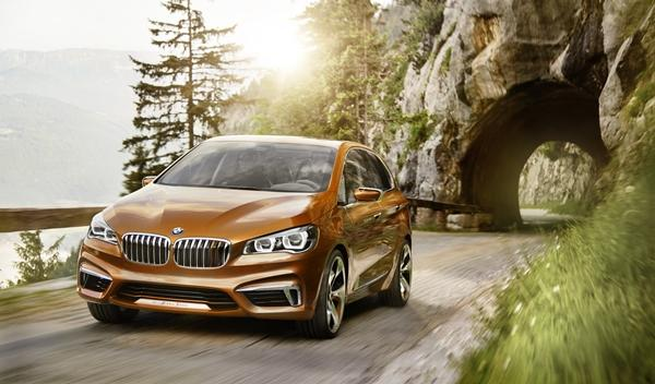 BMW Concept Active Tourer Outdoor frontal izquierda