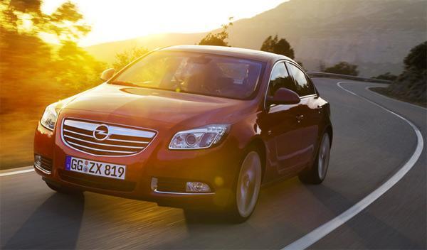 Llamada a revisión de 61.000 Opel Insignia