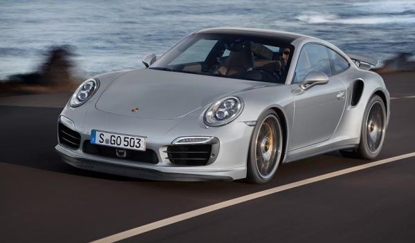 Porsche 911 Turbo delantera