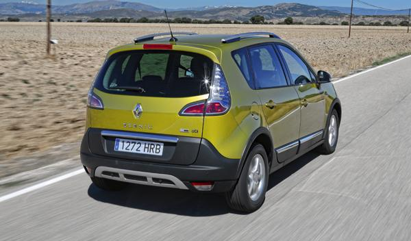 Renault Scénic XMod 1.5 dCi 110 trasera