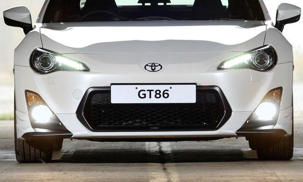 El Toyota GT86 Sedan concept irá al Salón de Dubai 2013