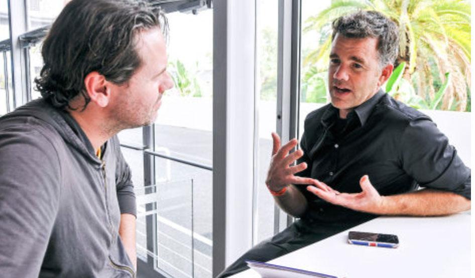 """Jefe de Diseño de Tesla: """"El i3 recuerda a un mueble Ikea"""""""