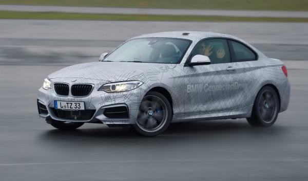 BMW 235i drift sin manos