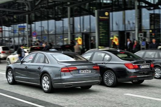 BMW Serie 7 Audi A8 trasera