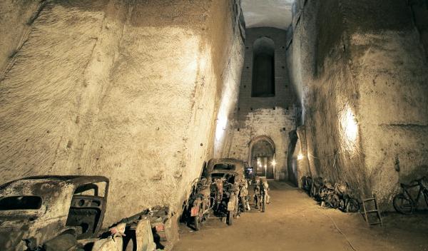 Catacumbas en la ciudad de Nápoles