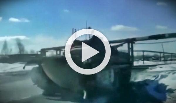 Los tanques rusos y su prioridad en las carreteras