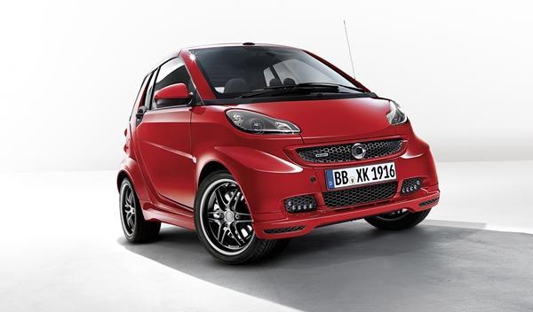 Smart BRABUS Xclusive red edition para Ginebra 2014 delantera