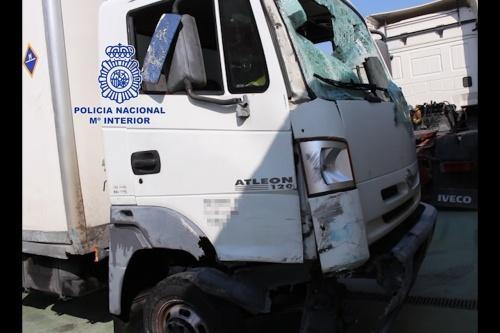 Vídeo: camión robado vuelca en persecución policial en M-40