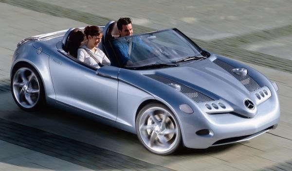 El Mercedes SLA Roadster vuelve a sonar fuerte
