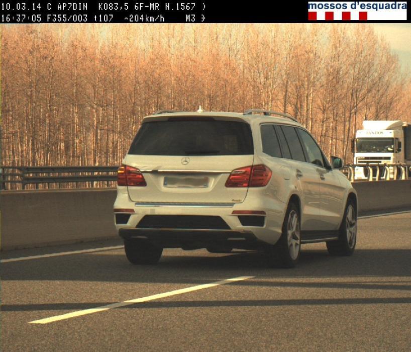 Pillado con un Mercedes GL a 204 km/h en la AP-7