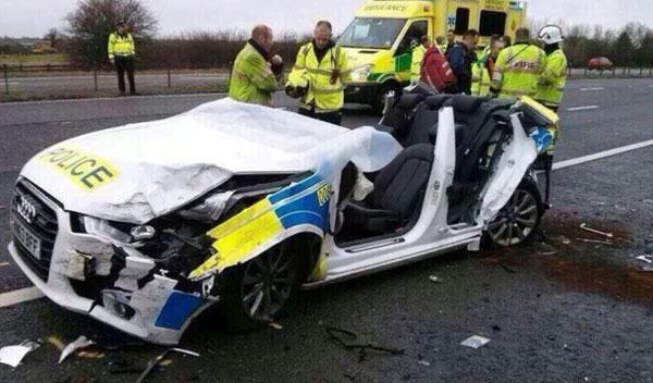 Accidente de un Audi A6 de la Policía en Reino Unido