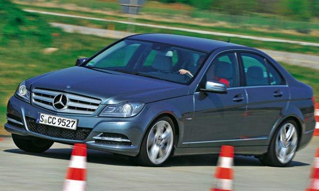 Mercedes y BMW llaman a revisión a 490.000 coches