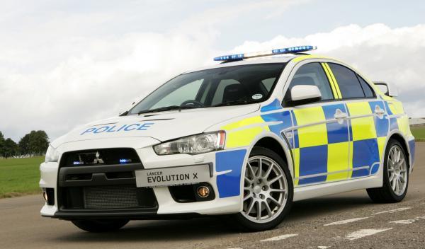 Los mejores coches de la Policía inglesa