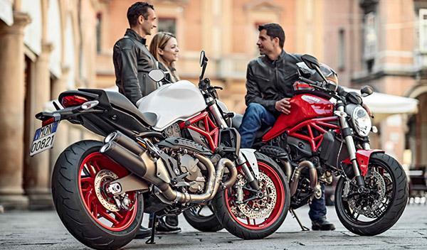 La familia crece: nueva Ducati Monster 821