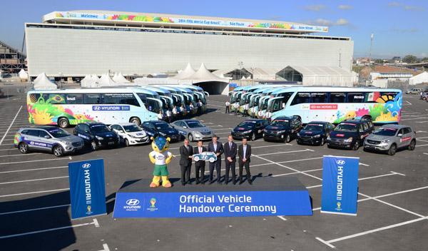 Hyundai entrega la flota de coches del Mundial de Brasil