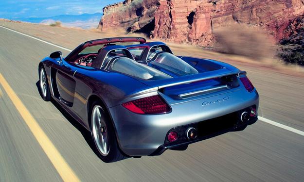 La Policía paga 44.000 dólares para reparar un Carrera GT