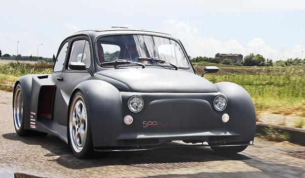Los cinco coches pequeños tuneados más radicales