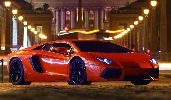 Cinco coches demasiado potentes