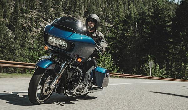 La Harley-Davidson Road Glide 2015 ya rueda