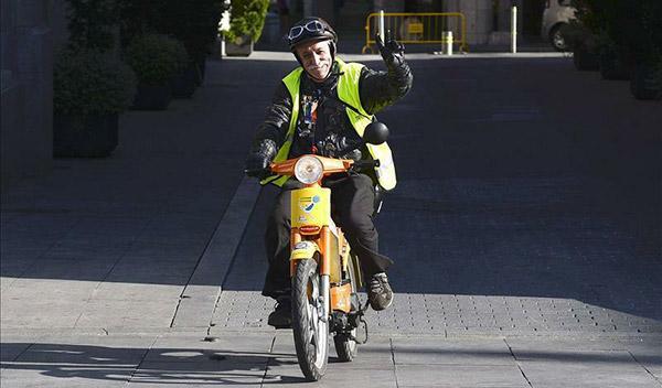 En marcha la II Vuelta a España en Vespino