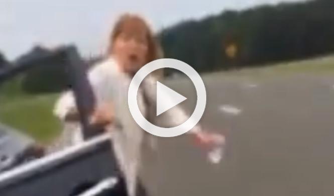 Una mujer furiosa, racismo y un supuesto accidente
