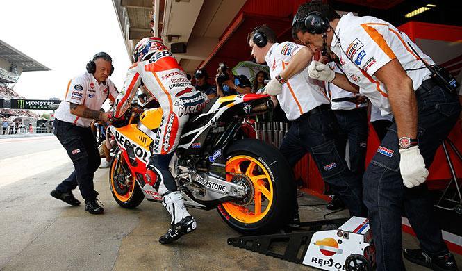 Libres 2 MotoGP GP Gran Bretaña: Márquez amplía su dominio