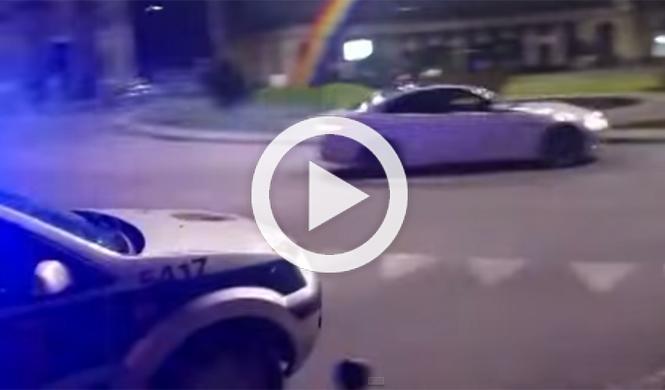 El conductor de un BMW M3 vacila a la Policía derrapando