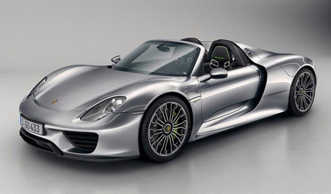 Porsche llama a revisión al 918 Spyder