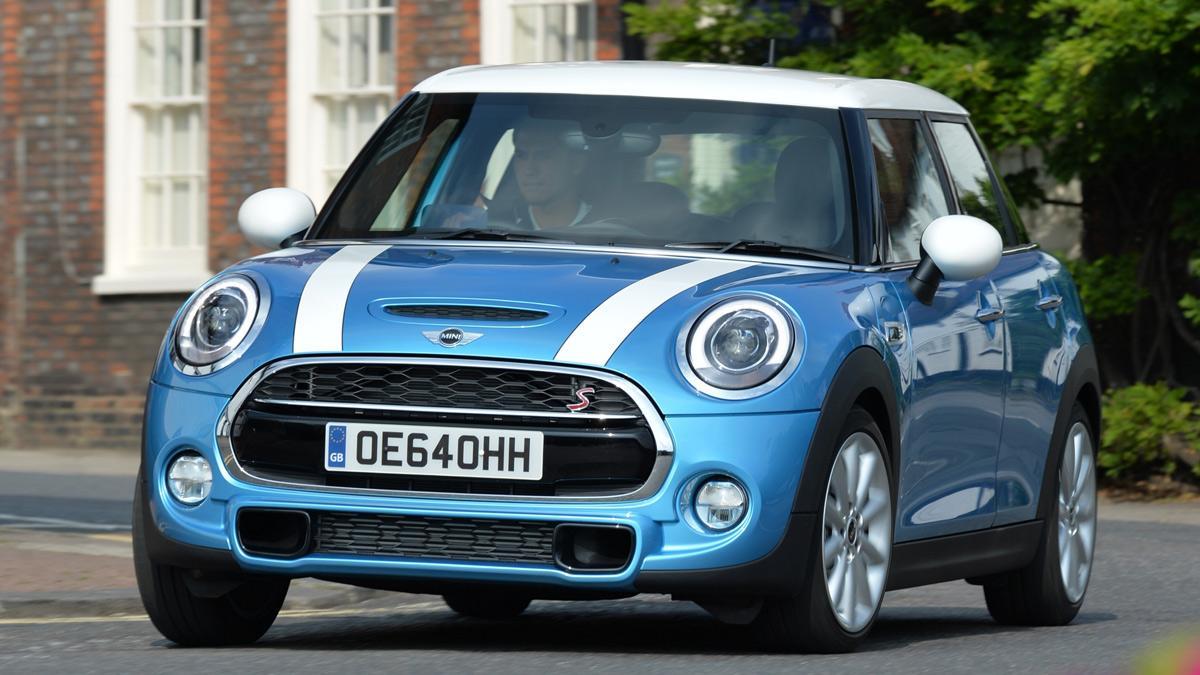 Precios del Mini de 5 puertas: entre 21.450 y 27.650 euros.