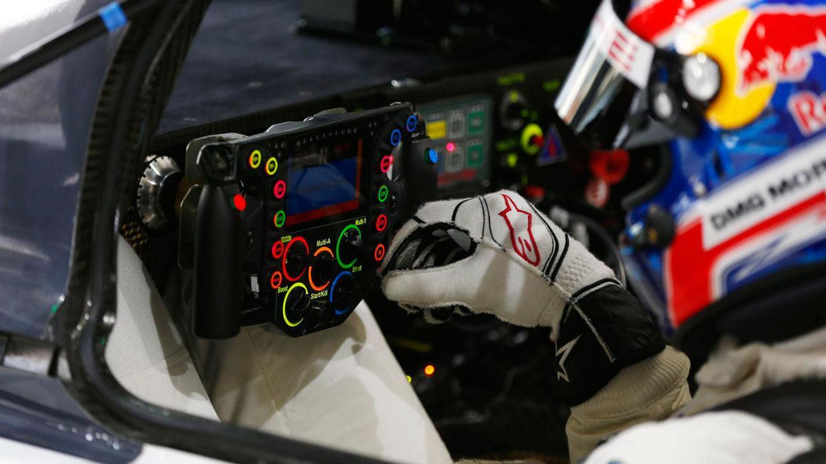 volante-porsche-919-hybrid-piloto