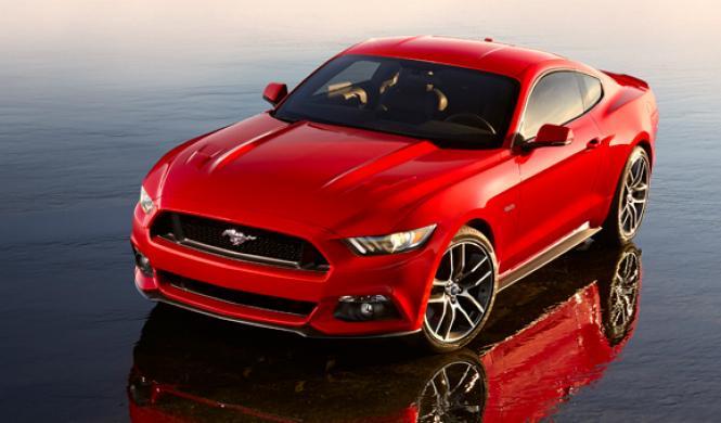 Primer Ford Mustang 2015 accidentado, en Texas