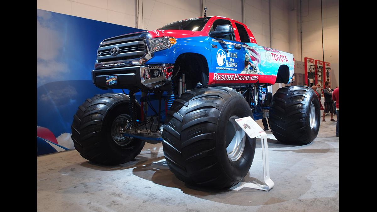 todoterrenos espectaculares SEMA 2014 Toyota Tundra bigfoot