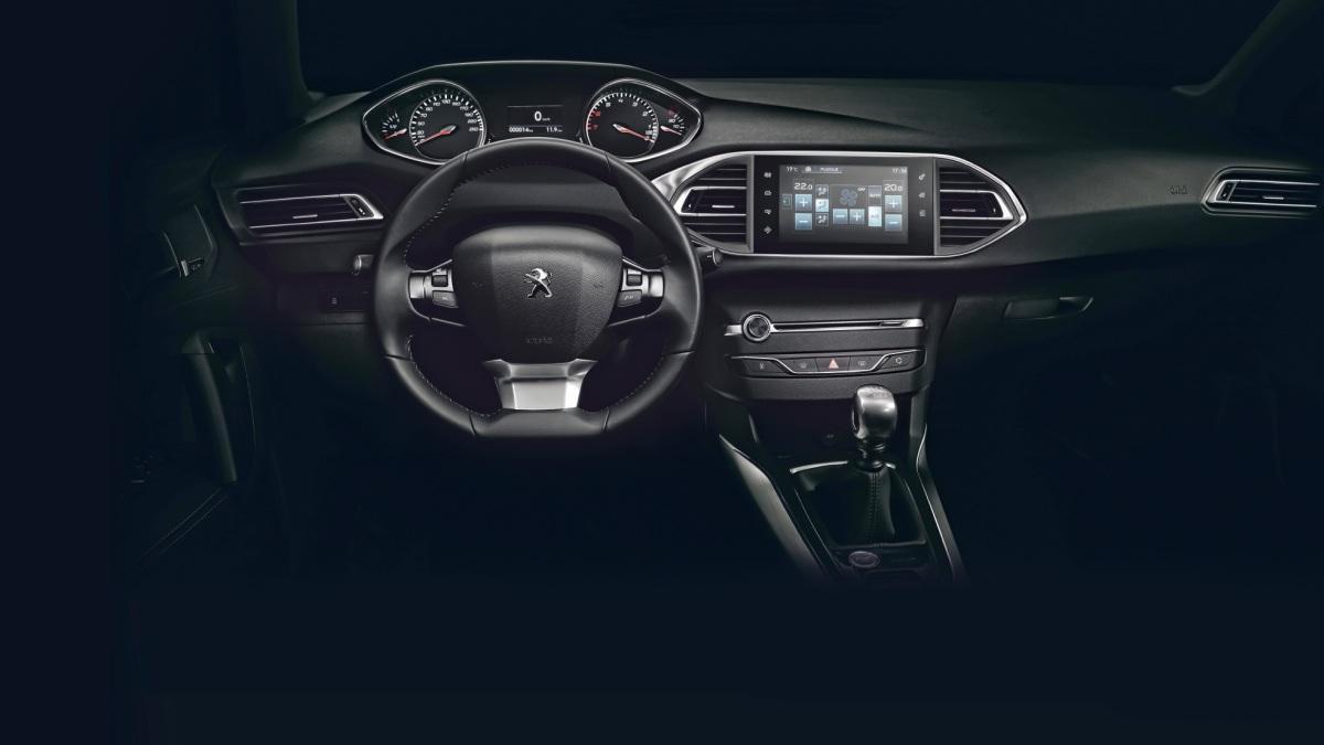 Peugeot-i-Cockpit-salpicadero