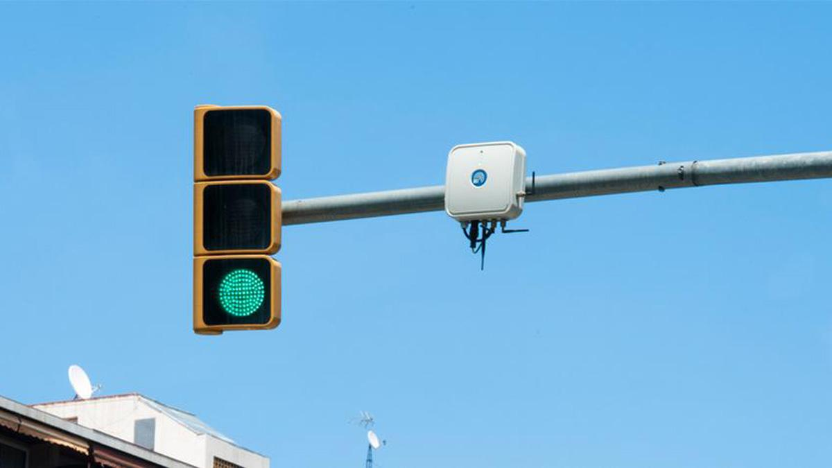 Barcelona implantará semáforos inteligentes